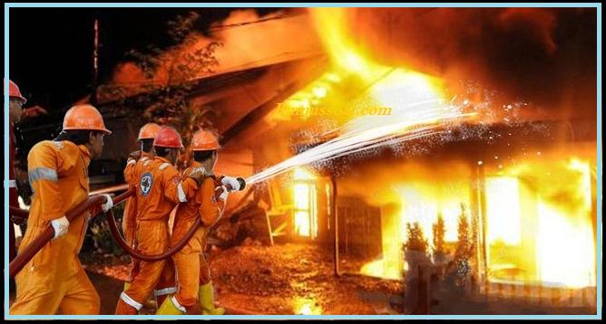 gambar rumah kebakaran