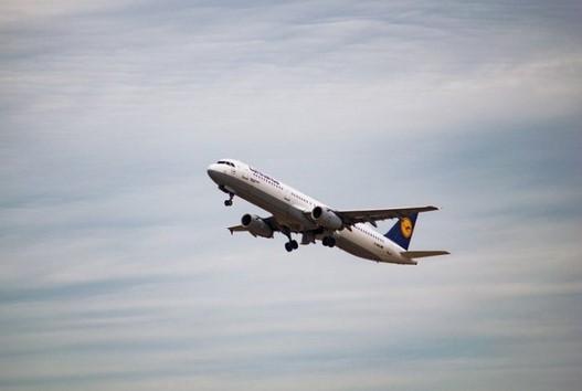 Mimpi Ketinggalan Pesawat